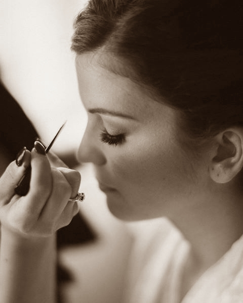 chloe-makeupartist-sepia
