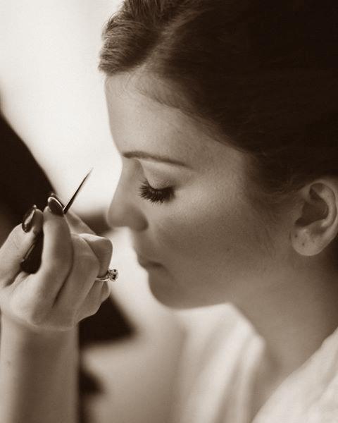 chloe-makeupartist-sepia